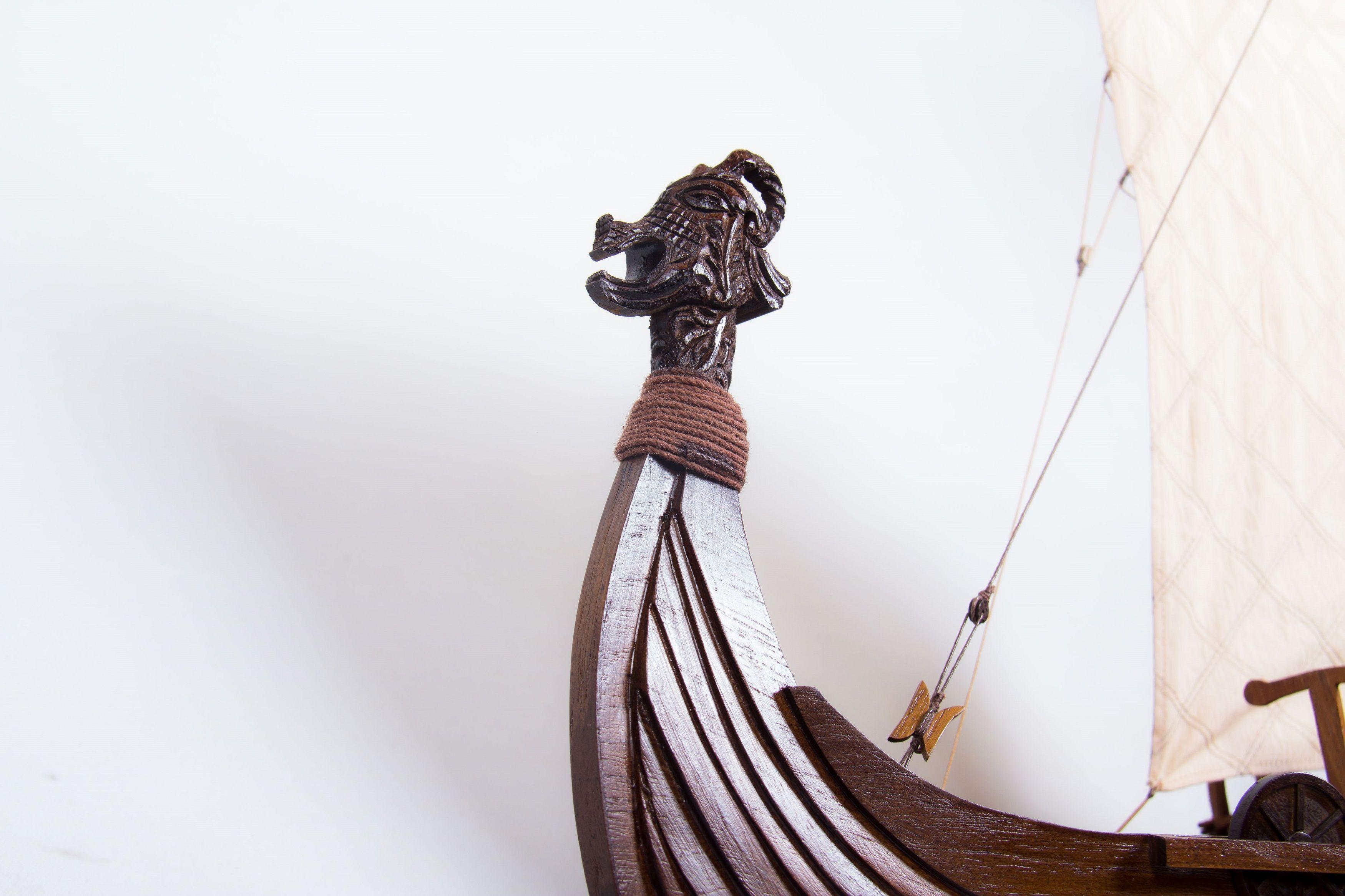 1774-9933-Viking-Model-Boat