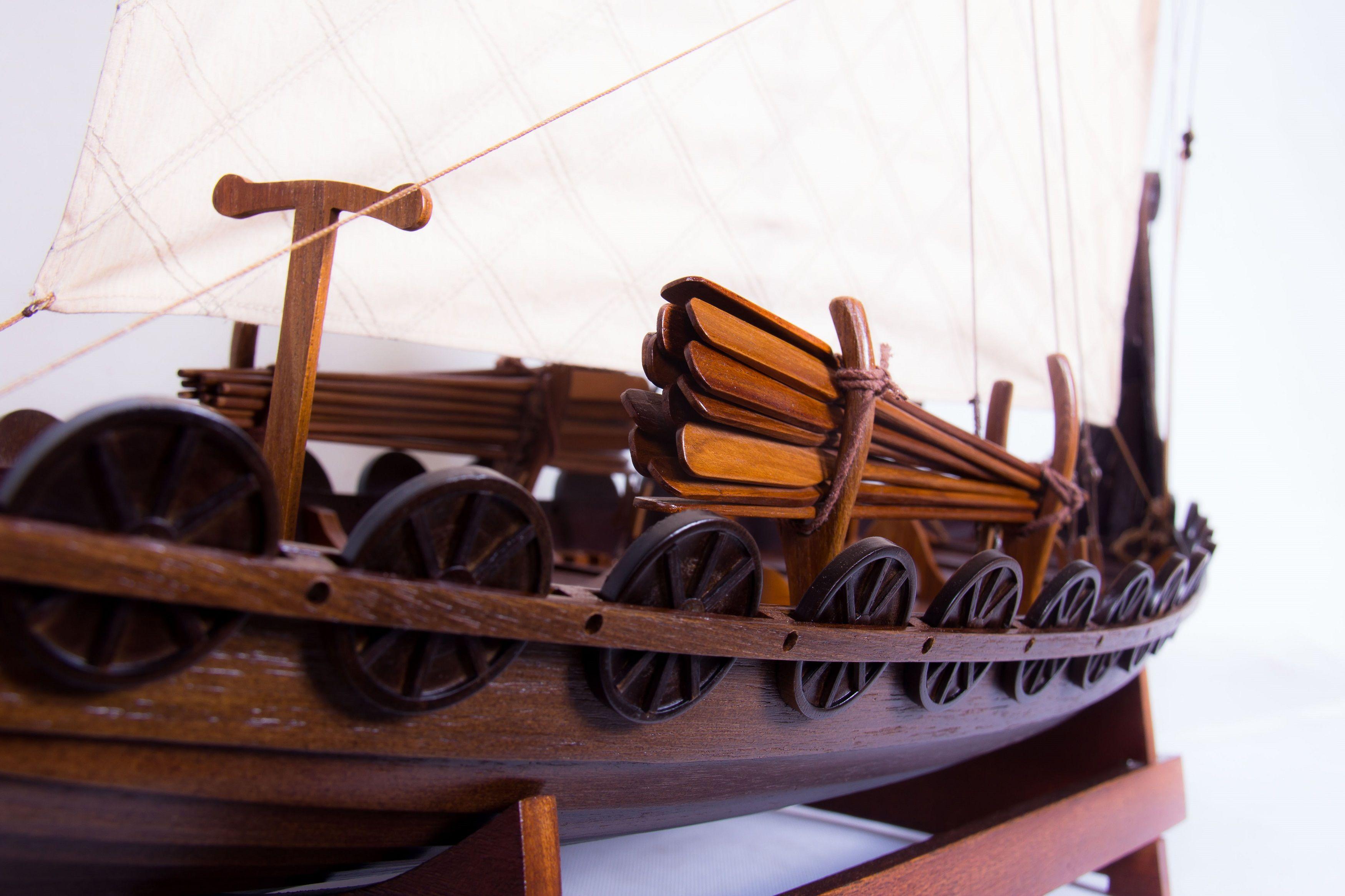 1774-9934-Viking-Model-Boat