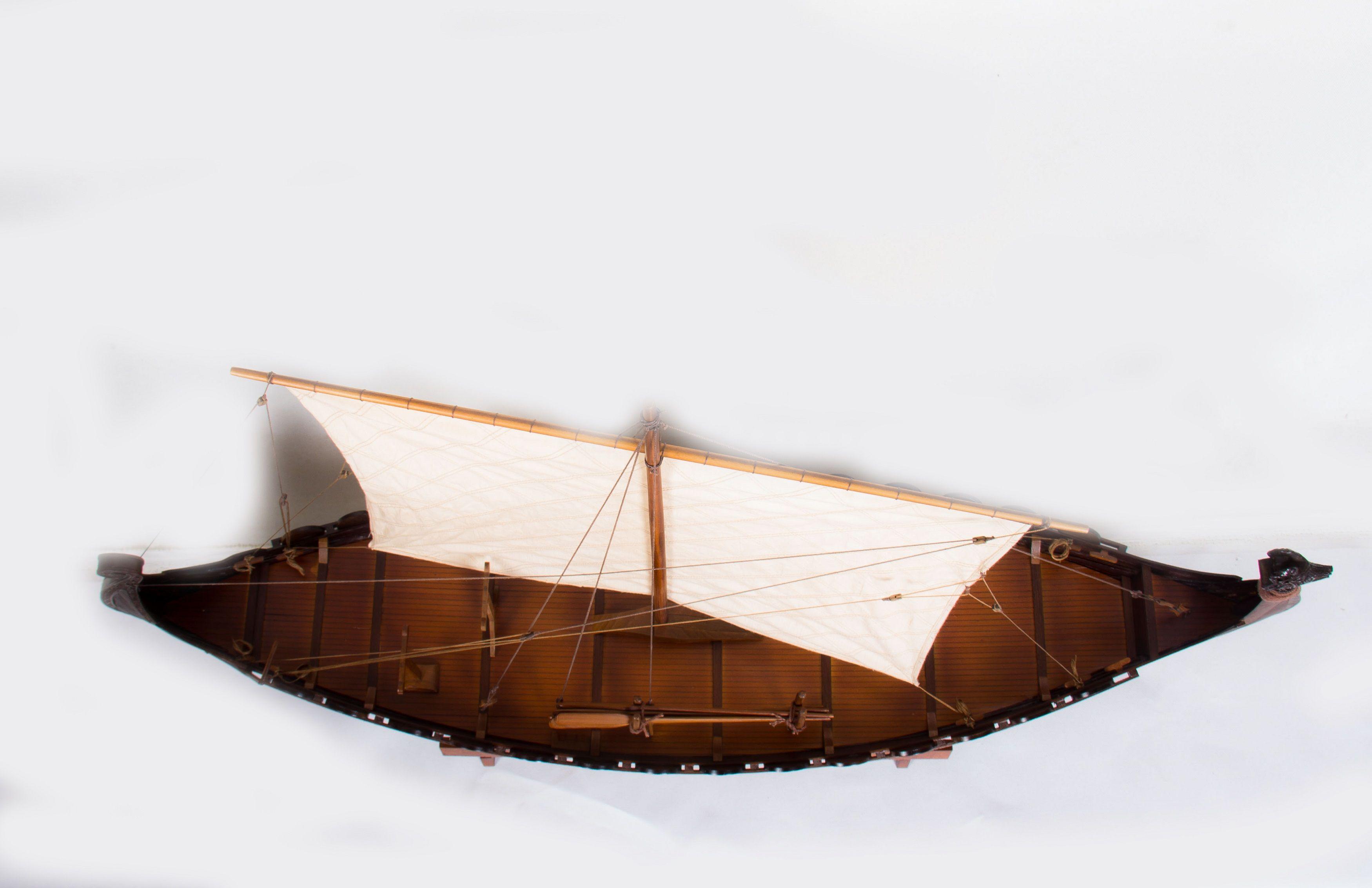 1774-9939-Viking-Model-Boat