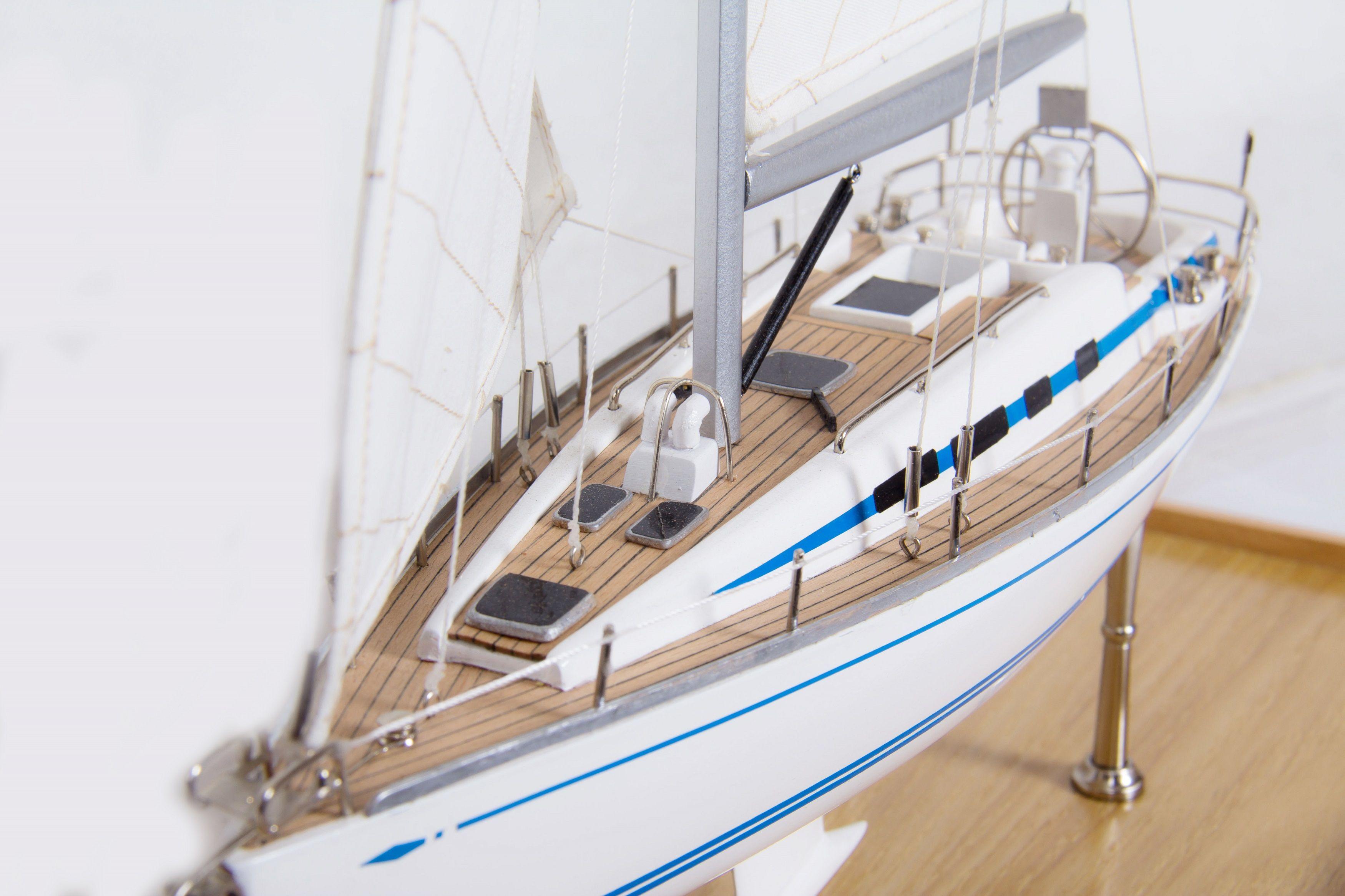 1775-9943-Bella-Nove-Sailing-Yacht-model