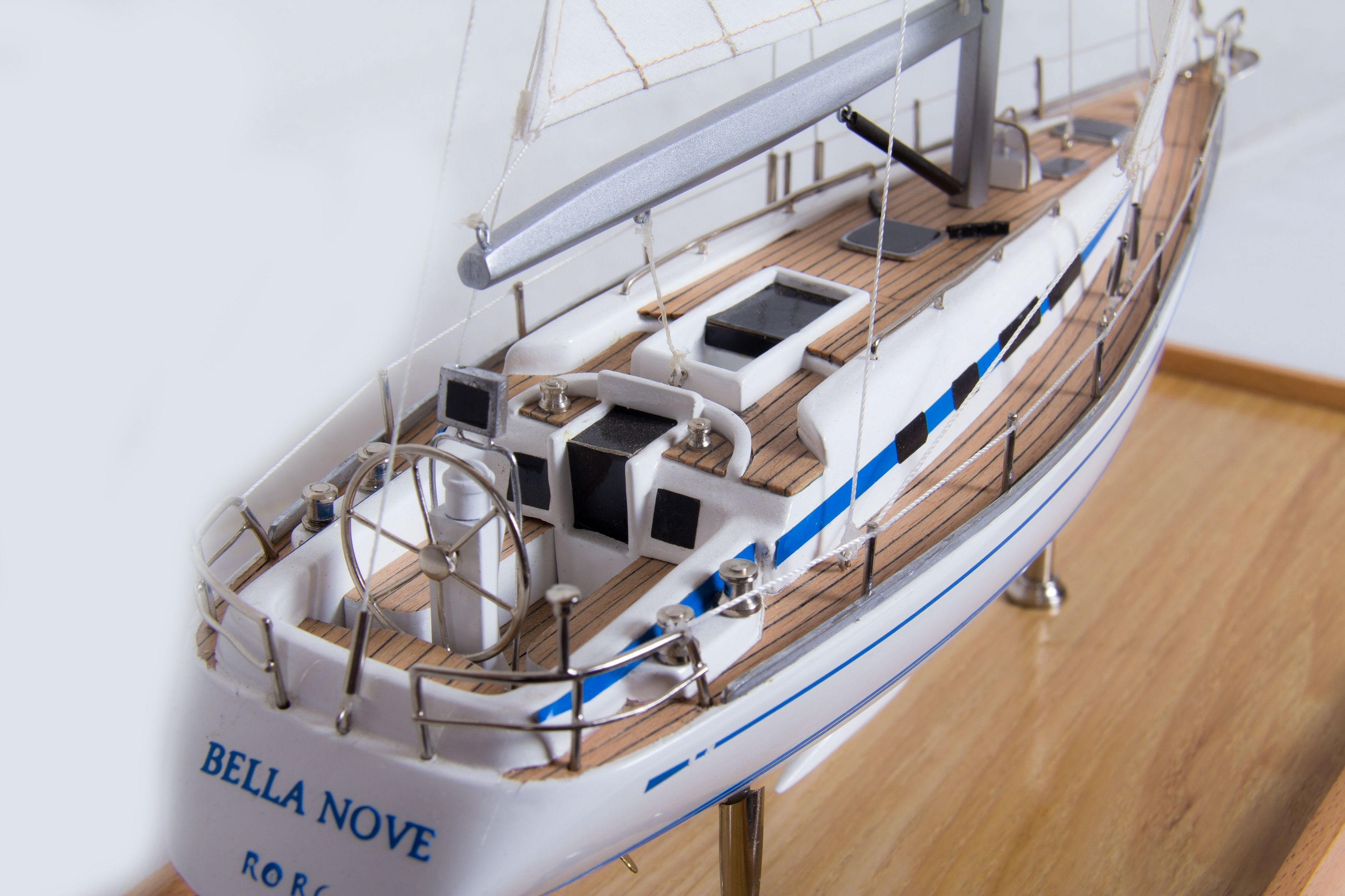 1775-9947-Bella-Nove-Sailing-Yacht-model
