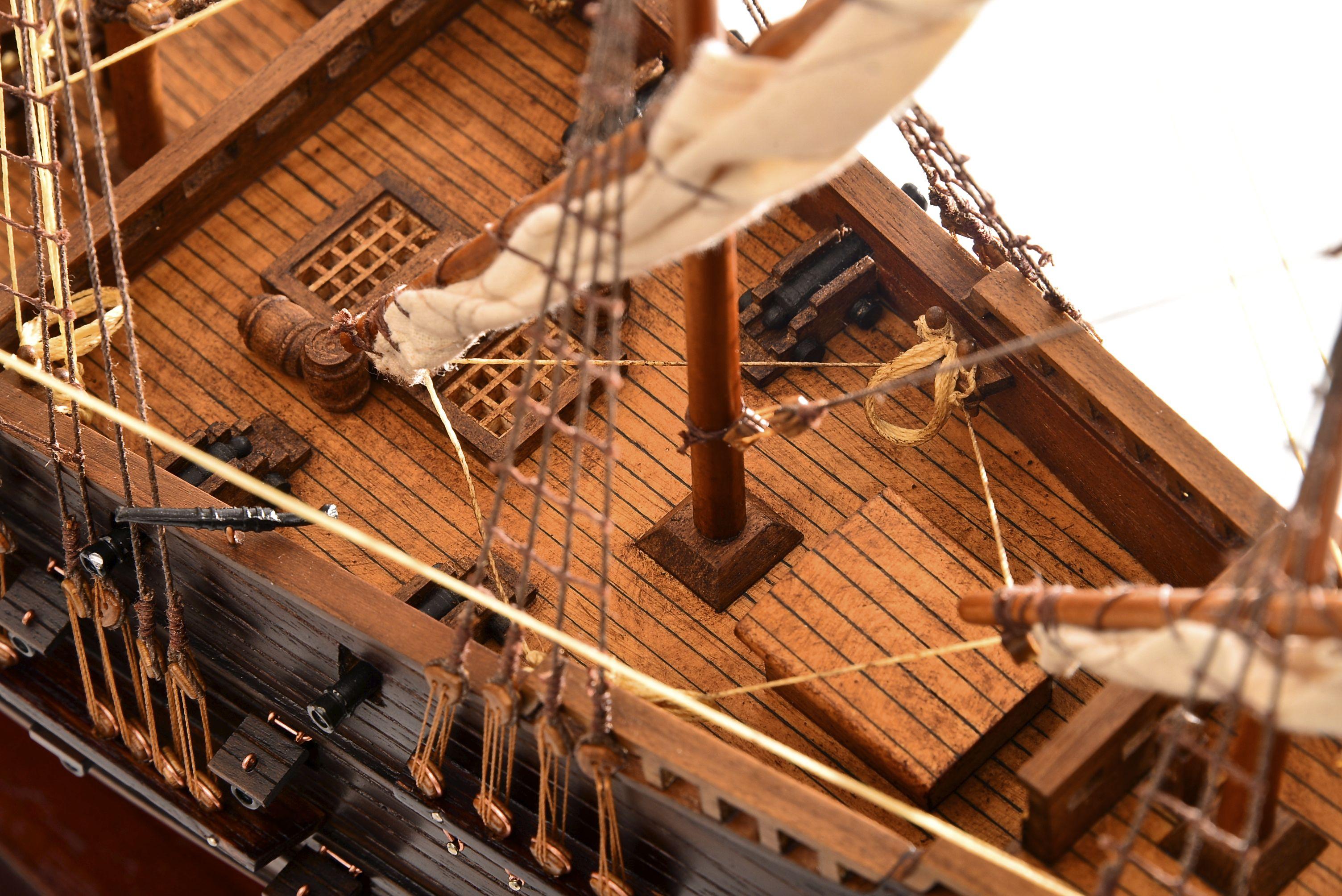 1803-10787-Hms-Revenge-Model-Ship