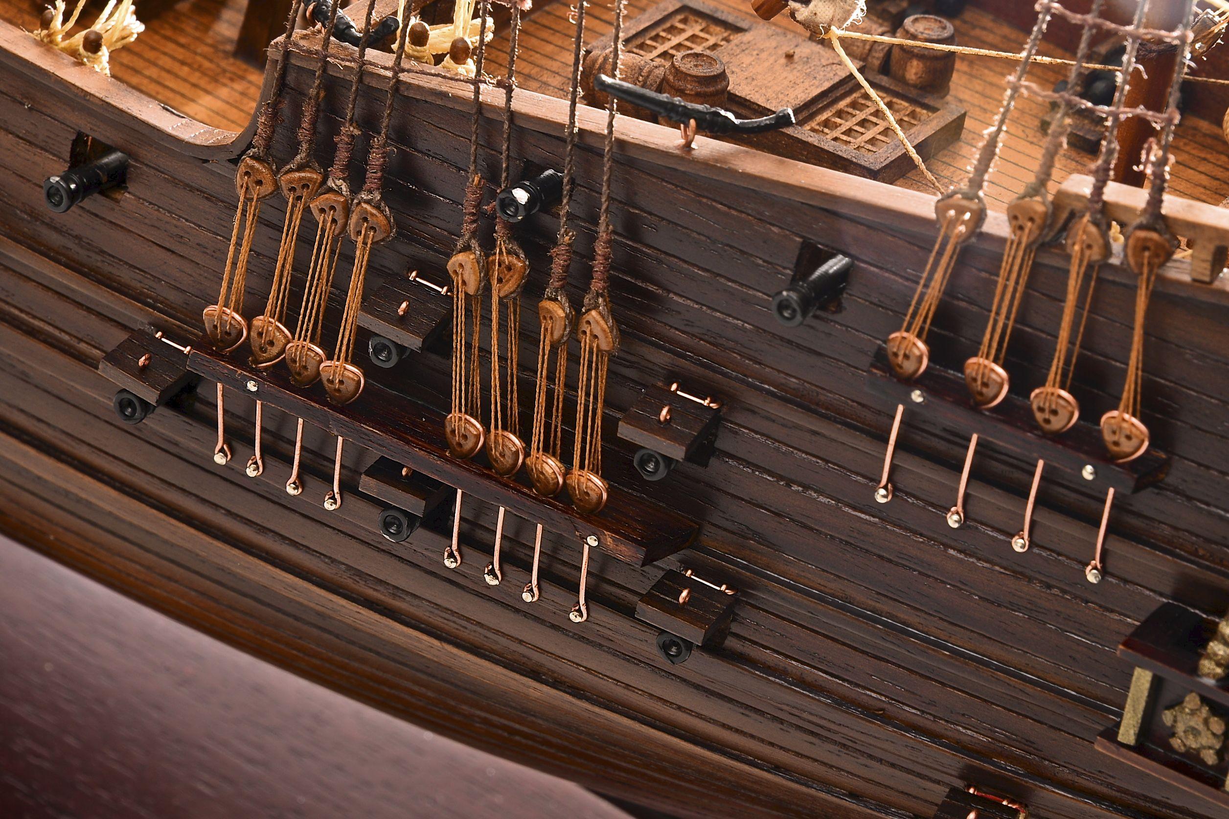 1803-10788-Hms-Revenge-Model-Ship