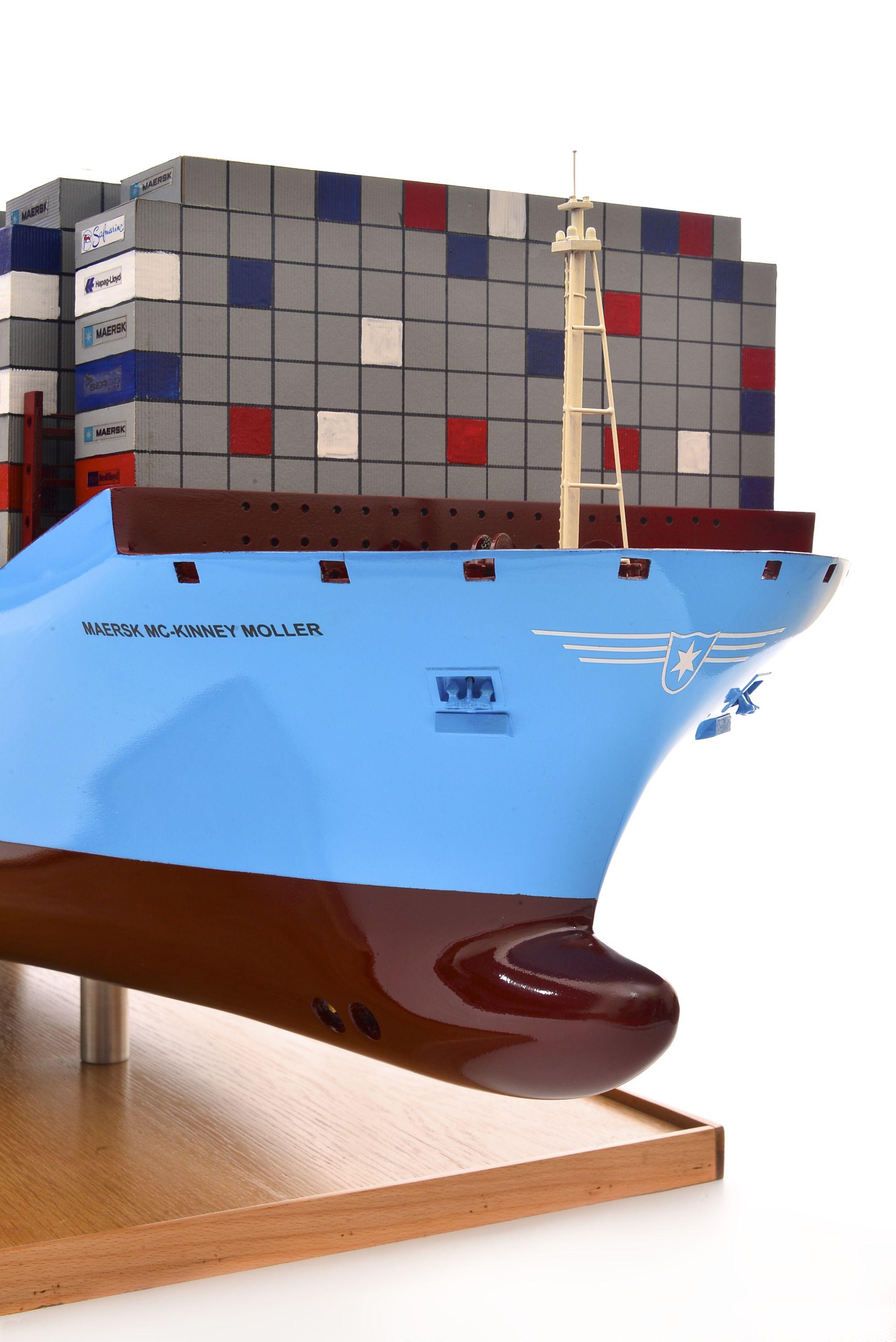 1812-10717-Emma-Maersk-Model-Ship