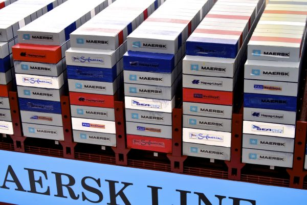 1812-10724-Emma-Maersk-Model-Ship