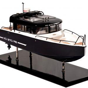 1831-10870-Bahari-Xo-Front-Cabin-Ship-Model