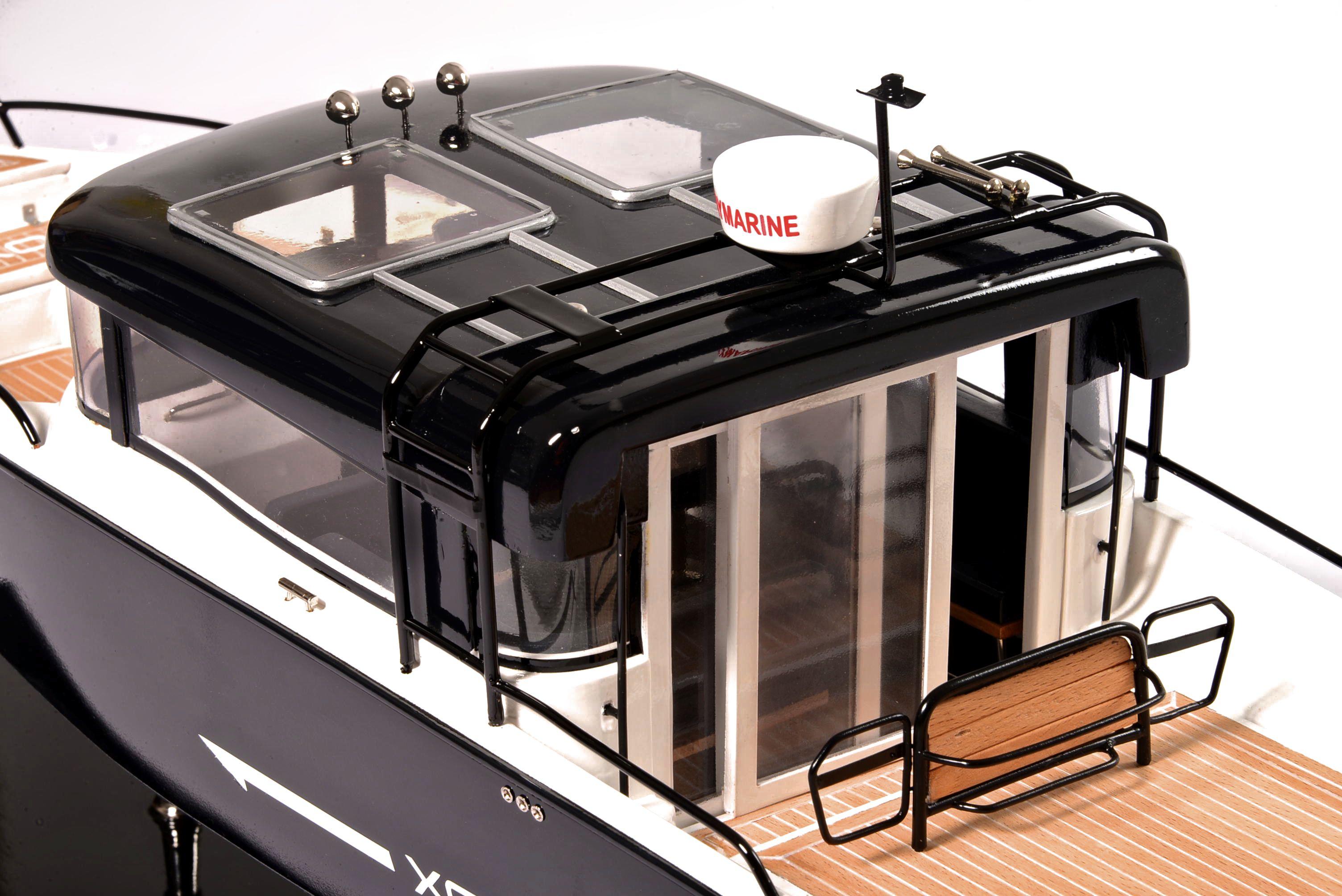 1831-10873-Bahari-Xo-Front-Cabin-Ship-Model