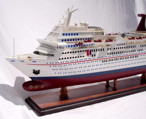 1985-11665-Carnival-Paradise-wooden-model-boat