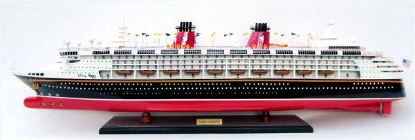 1991-11710-Disney-Wonder-model-ship