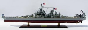 2015-12588-USS-Missouri-model-boat