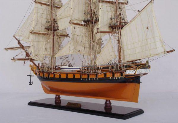 2020-11878-HMS-Essex-Model-Ship