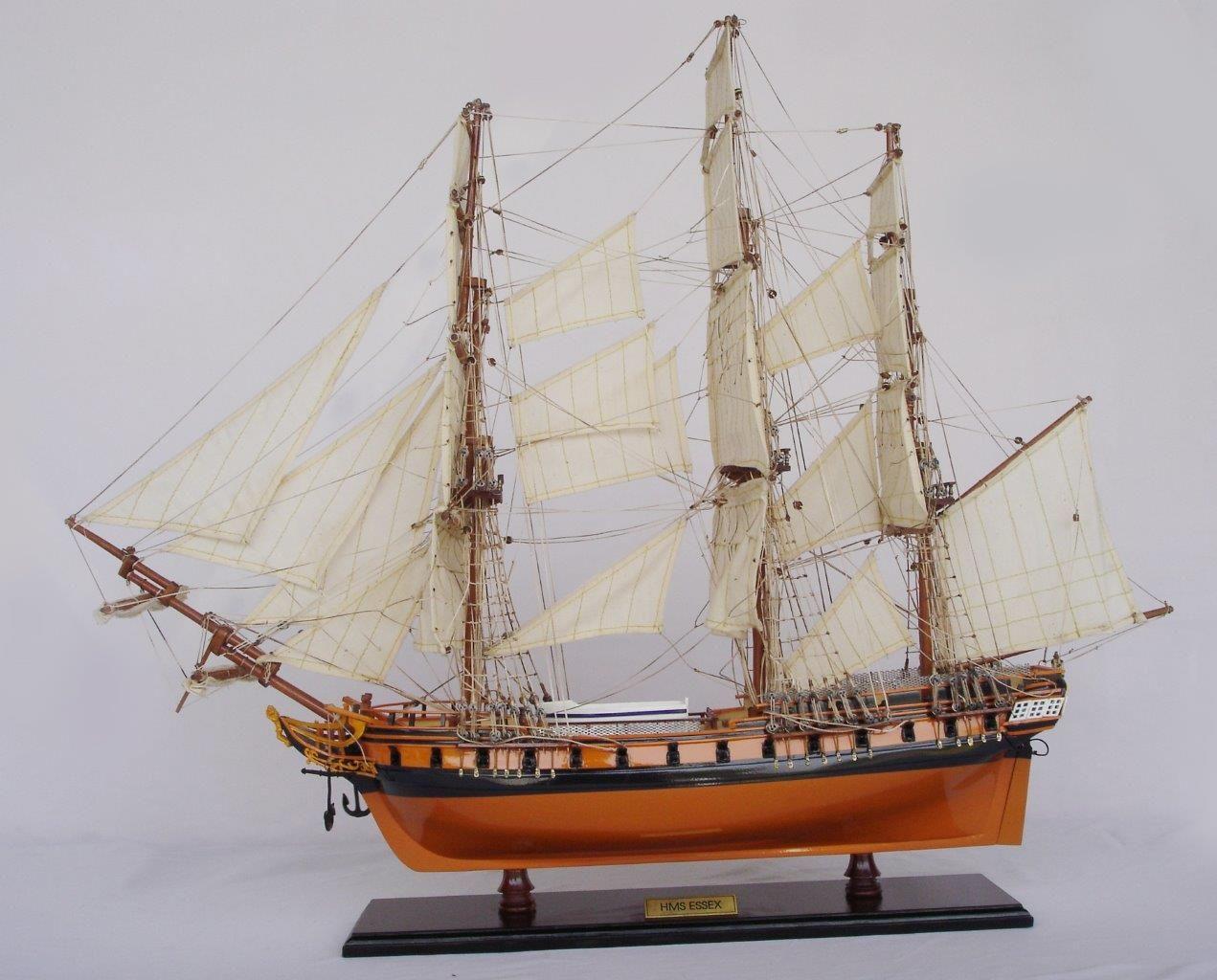 2020-11879-HMS-Essex-Model-Ship