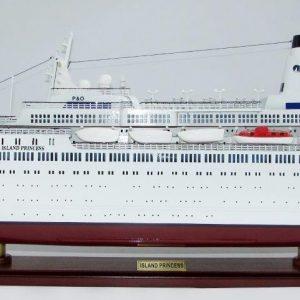 2035-12012-MS-Island-Princess
