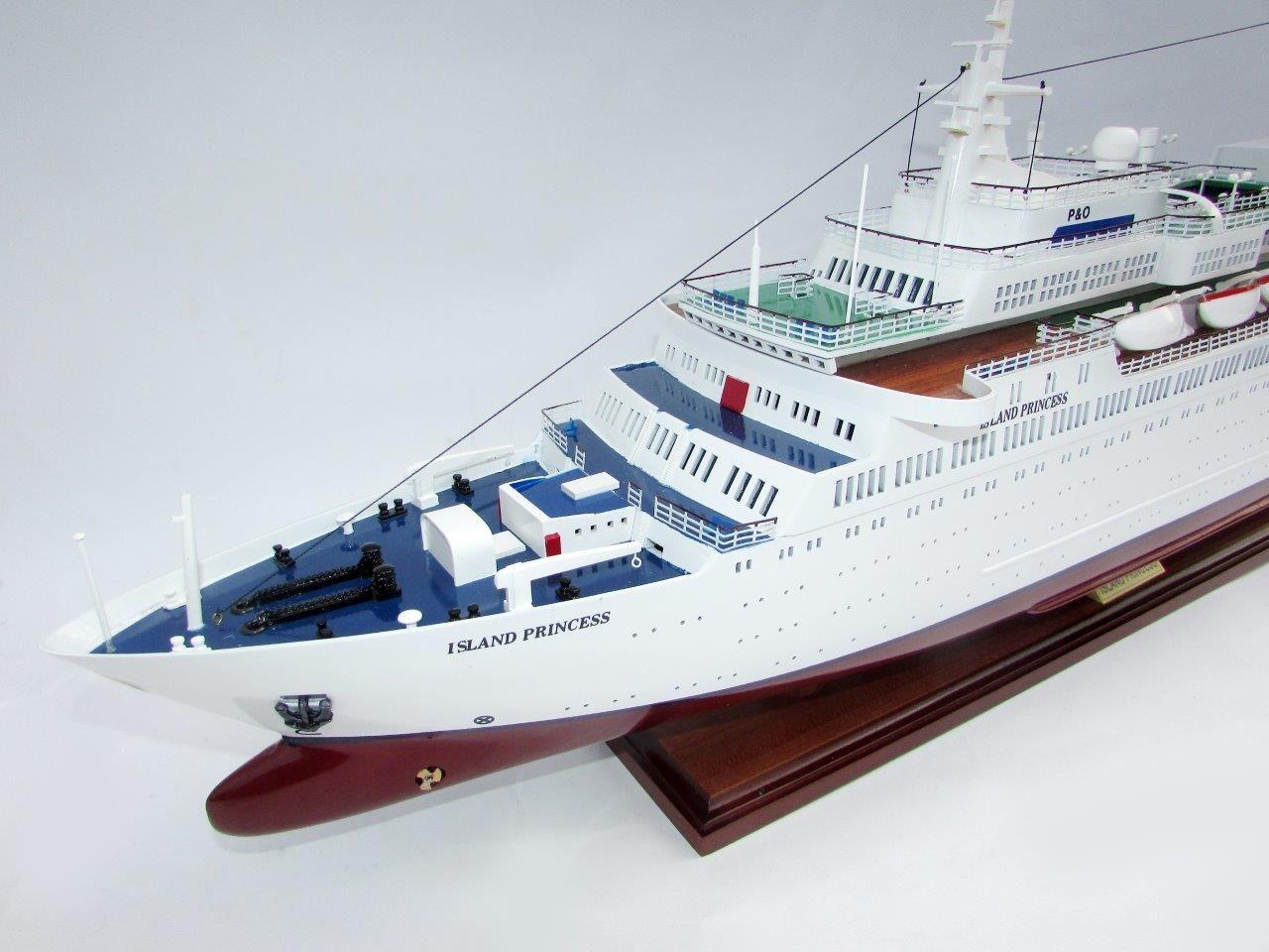 2035-12016-MS-Island-Princess