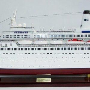2036-12033-MS-Pacific-Princess-Model-Boat
