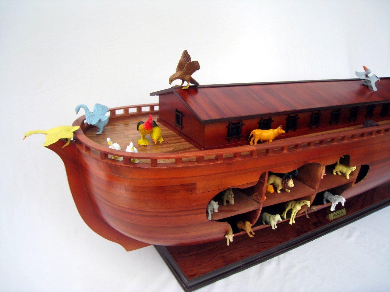 2043-12563-Noahs-Ark-Model-Boat