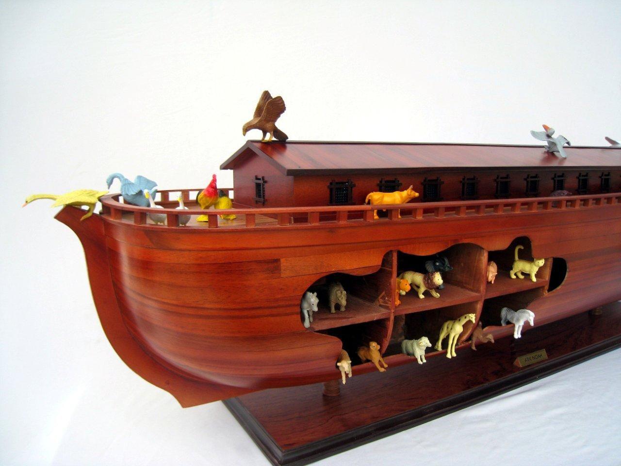 2043-12574-Noahs-Ark-Model-Boat