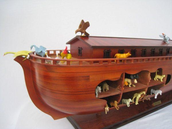 2043-12576-Noahs-Ark-Model-Boat