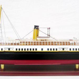 2048-12099-SS-Nomadic-wooden-model-ship