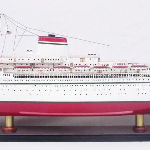 2052-12759-SS-Cristoforo-Colombo-ship-model