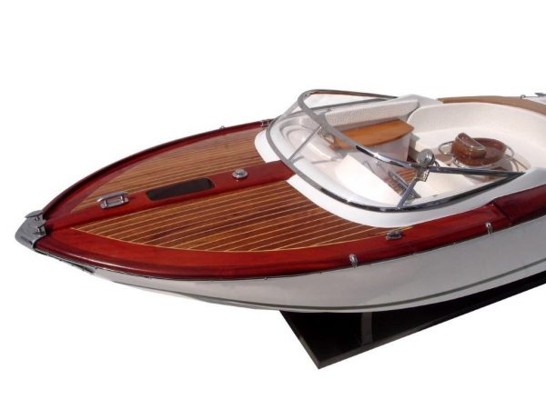 2063-12749-Riva-Aquariva-Gucci-ship-model