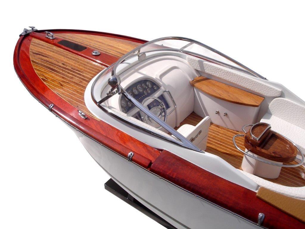 2063-12751-Riva-Aquariva-Gucci-ship-model
