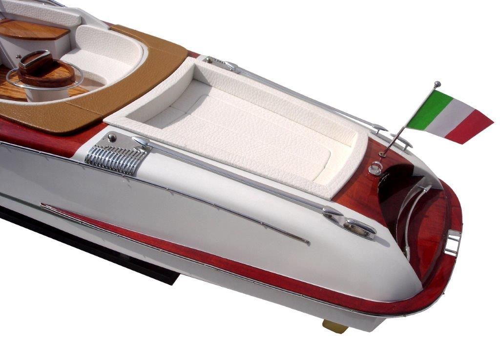 2063-12752-Riva-Aquariva-Gucci-ship-model