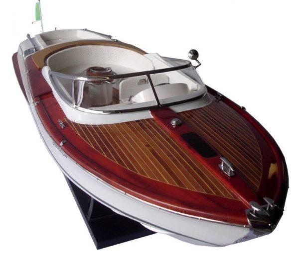 2063-12754-Riva-Aquariva-Gucci-ship-model