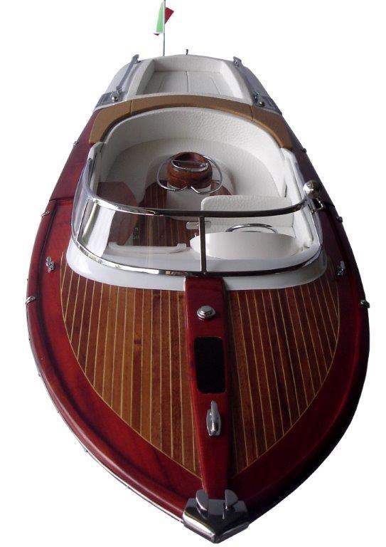 2063-12755-Riva-Aquariva-Gucci-ship-model