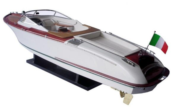 2063-12756-Riva-Aquariva-Gucci-ship-model