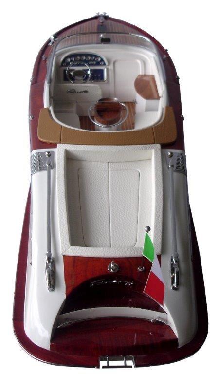 2063-12758-Riva-Aquariva-Gucci-ship-model