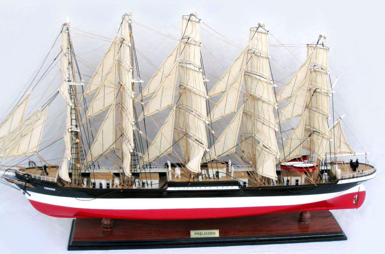 2086-12580-Preussen-Model-Boat