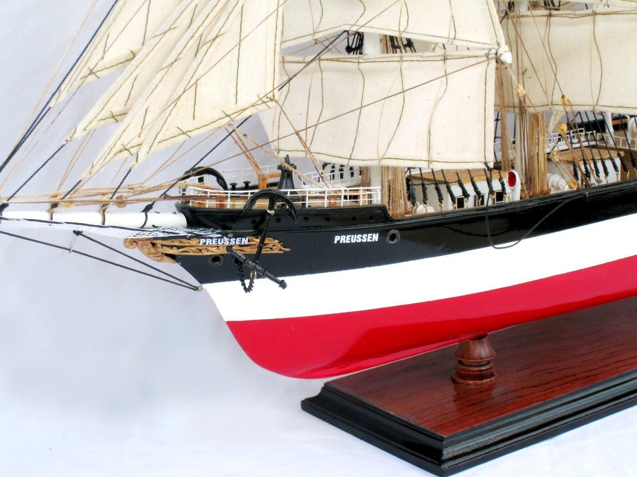 2086-12581-Preussen-Model-Boat