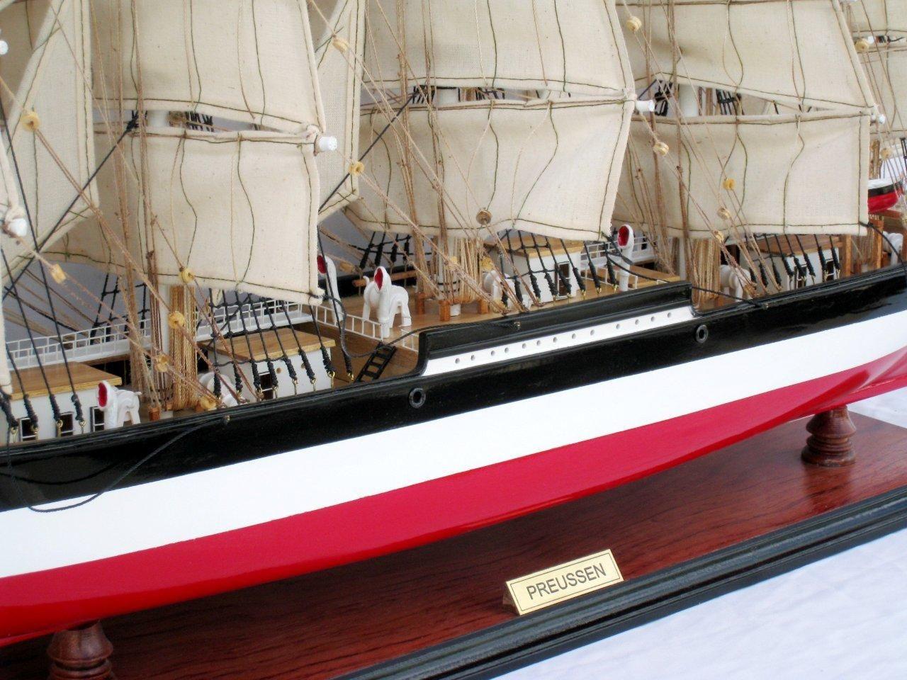 2086-12582-Preussen-Model-Boat