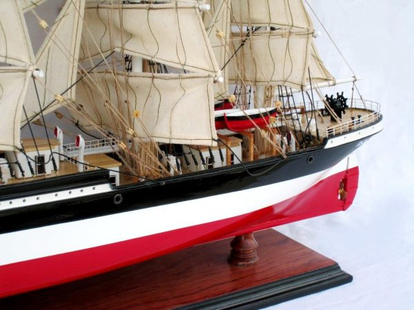 2086-12583-Preussen-Model-Boat
