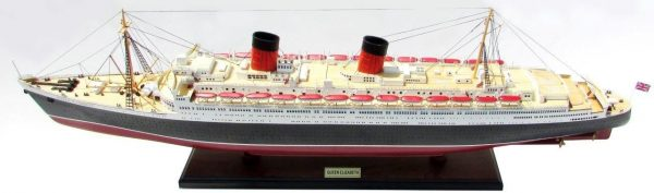 2087-12385-Queen-Elizabeth-Model-Ship