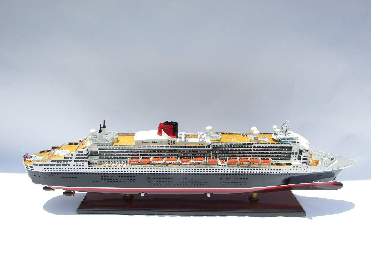 Queen Mary 2 Wooden Model Ship - GN (CS0001P-80)