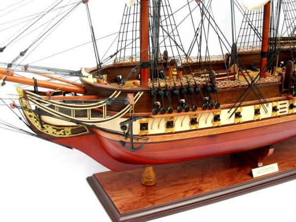 2095-12441-USS-Constitution-Wooden-Model-Ship
