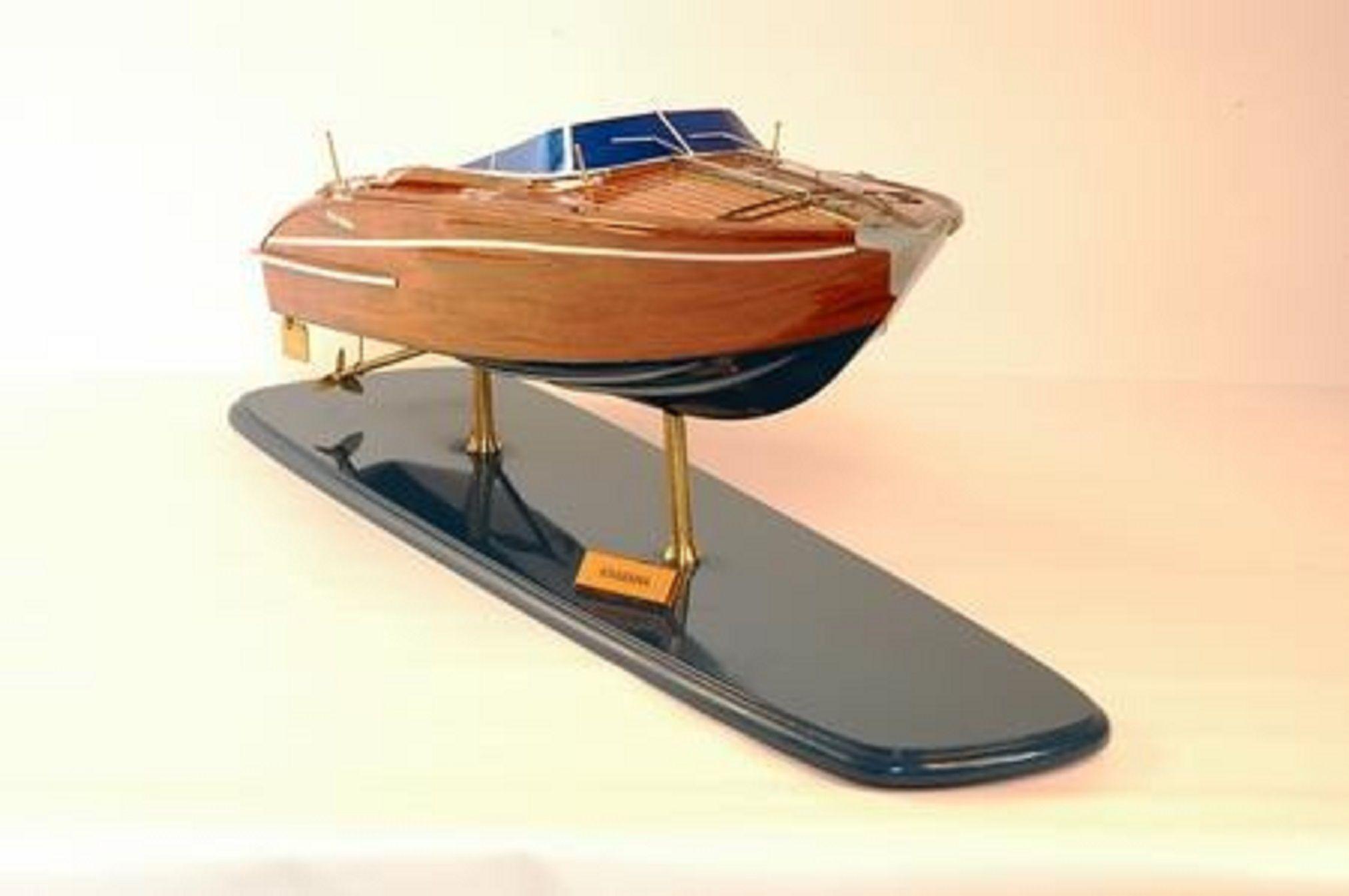 226-7582-Riva-Rama-44-model-boat-Premier-Range