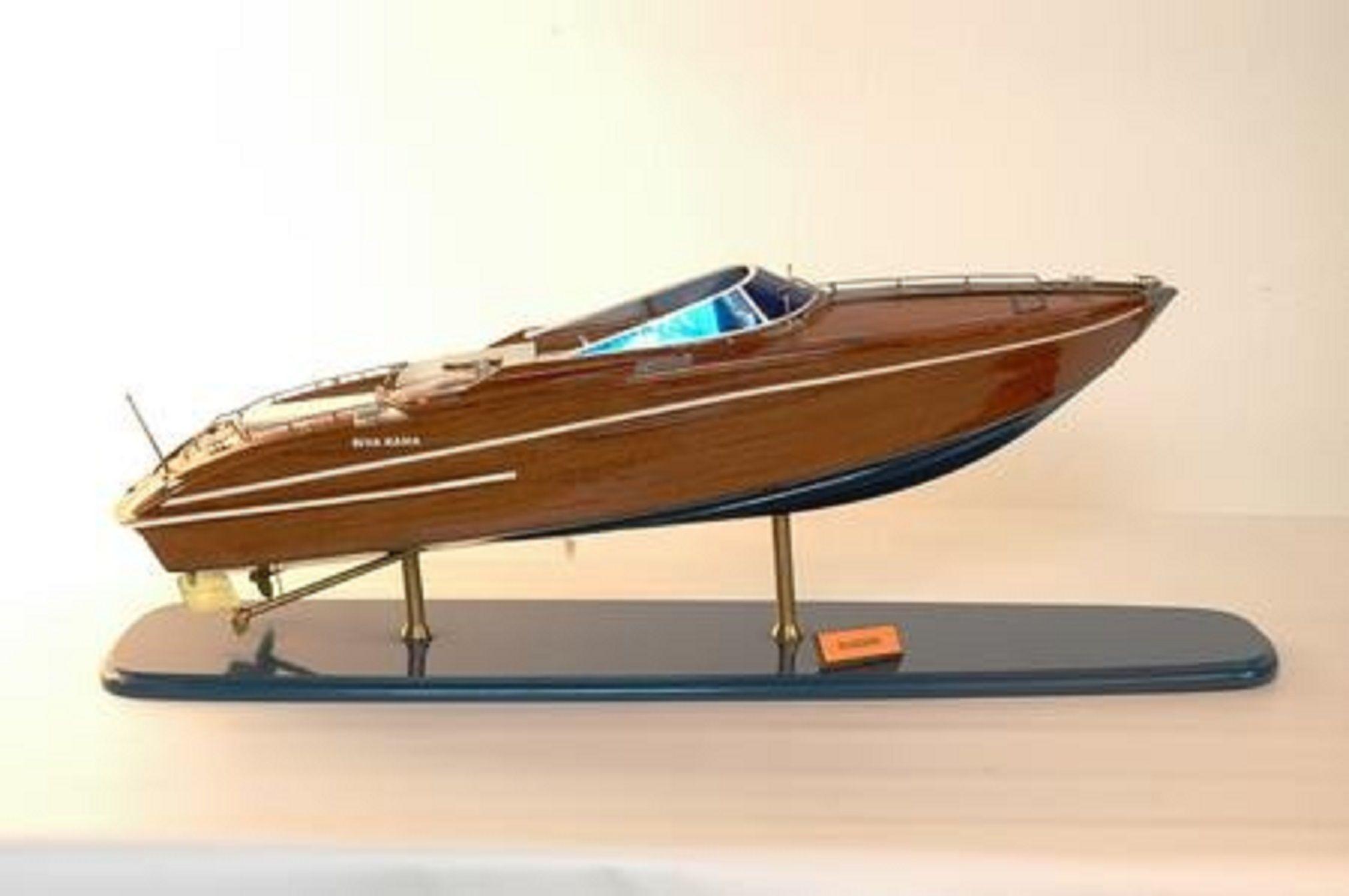 226-7583-Riva-Rama-44-model-boat-Premier-Range