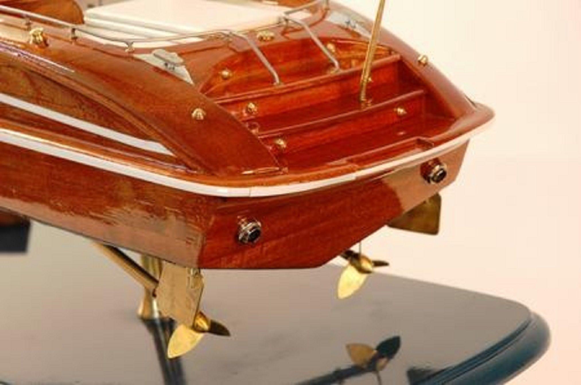 226-7585-Riva-Rama-44-model-boat-Premier-Range