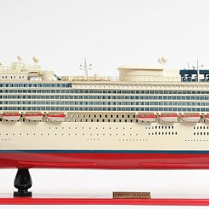 2262-13135-Diamond-Princess-Model-Boat