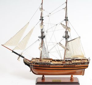 2266-13186-El-Cazador-Model-Ship