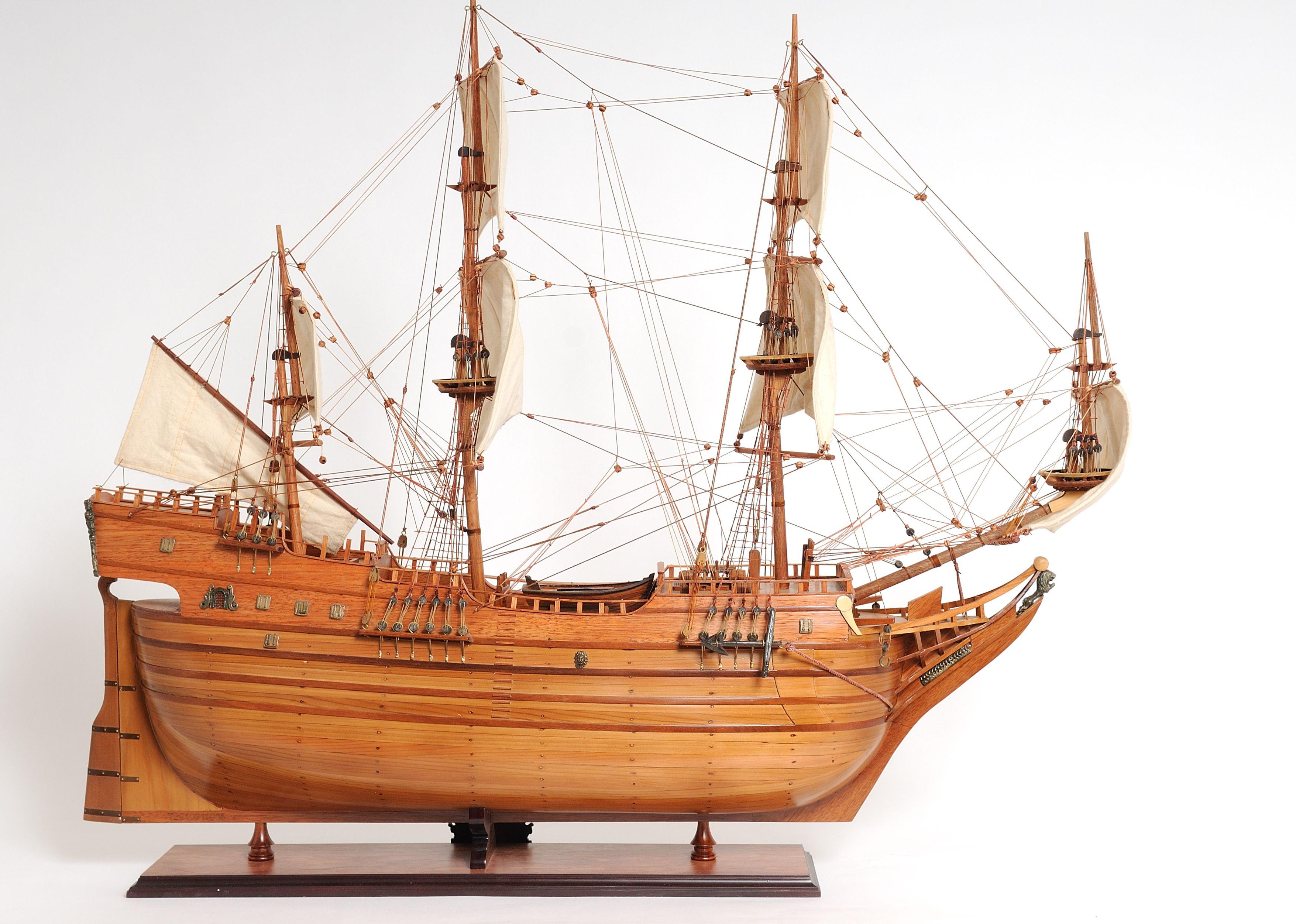 2277-12990-Arabella-Model-Ship