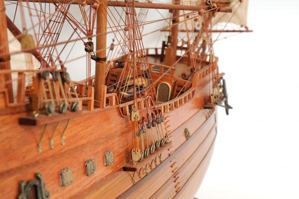 2277-12991-Arabella-Model-Ship