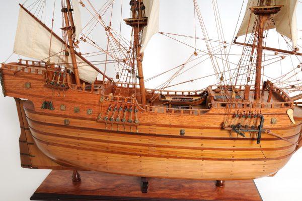 2277-12994-Arabella-Model-Ship