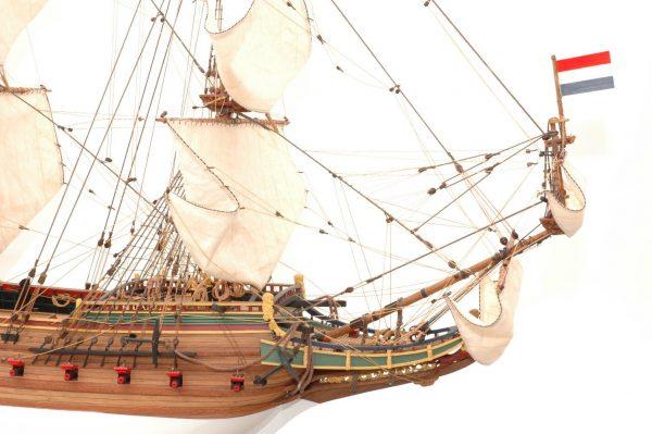 228-6944-Batavia-model-ship-Premier-Range