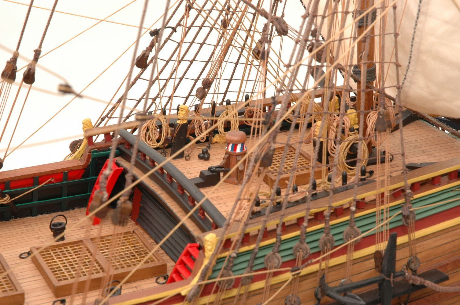 228-6949-Batavia-model-ship-Premier-Range