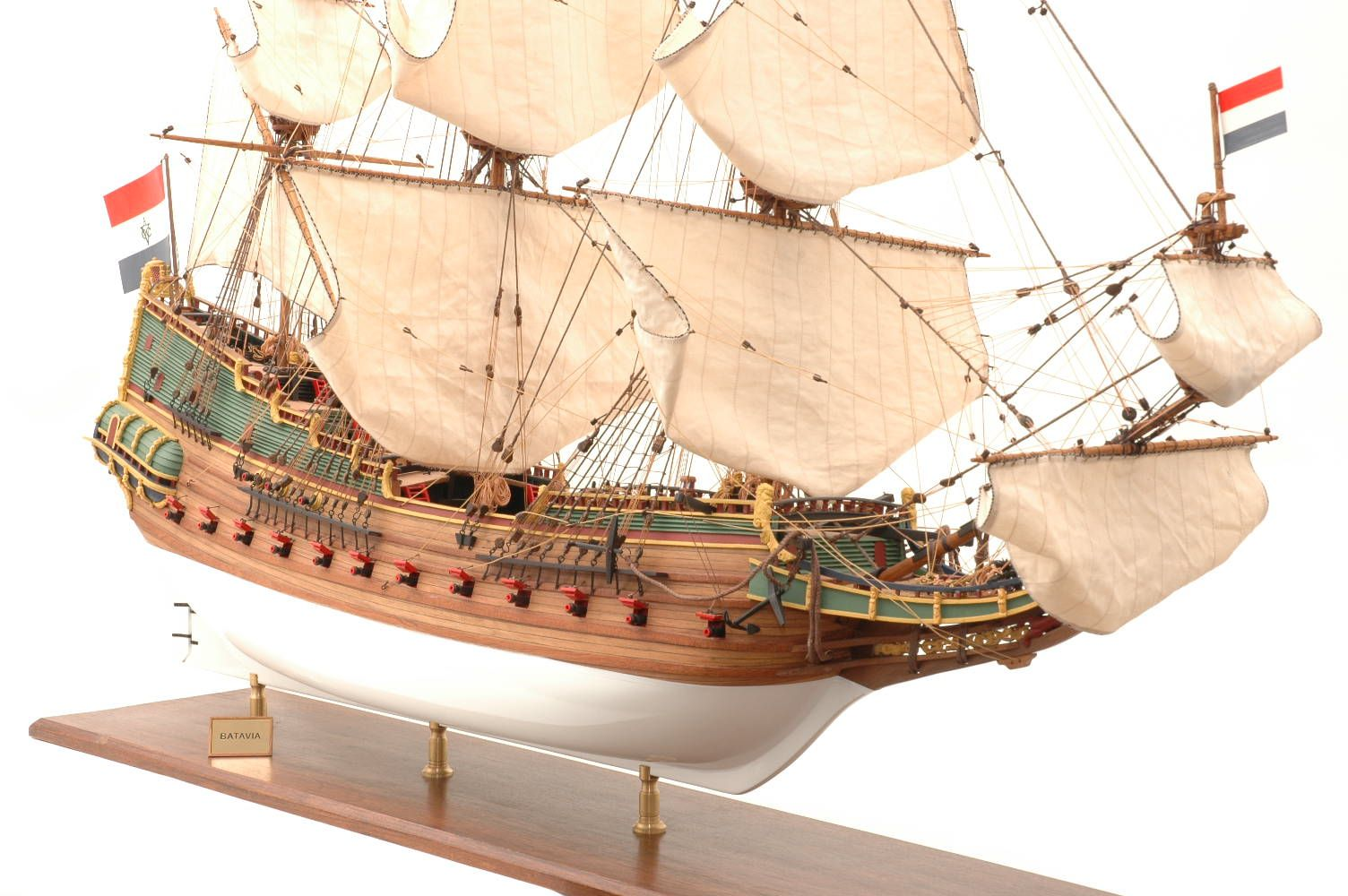 228-6953-Batavia-model-ship-Premier-Range