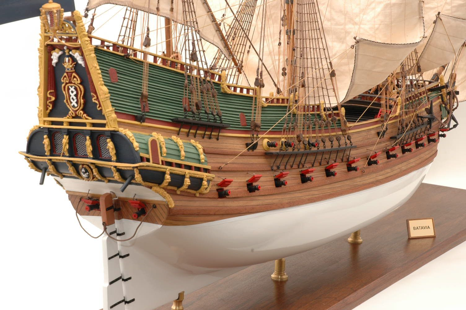 228-6955-Batavia-model-ship-Premier-Range